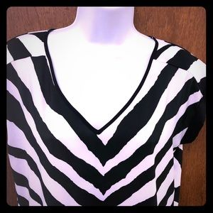 Express striped ladies v-neck top
